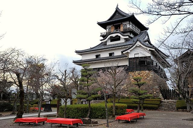 inuyama-jo1.jpg