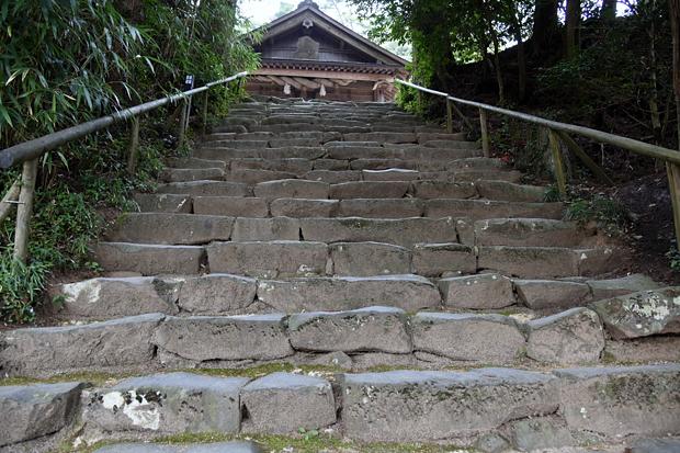 kamosu-jinjya03.jpg